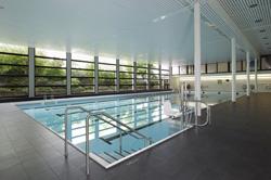 Piscine naturelle autoconstruction creteil maison design for Molitor piscine prix